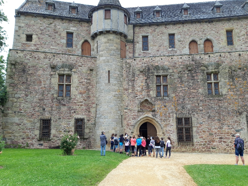 Promenade scolaire au château de la Roche Jagu